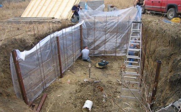 Digging a root cellar