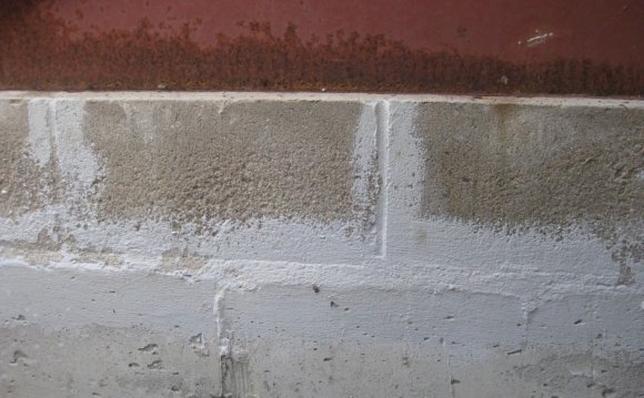 Can water leak through concrete?